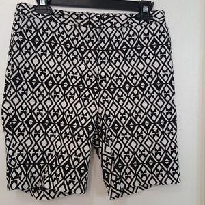 Mario Serrani black white bermuda shorts